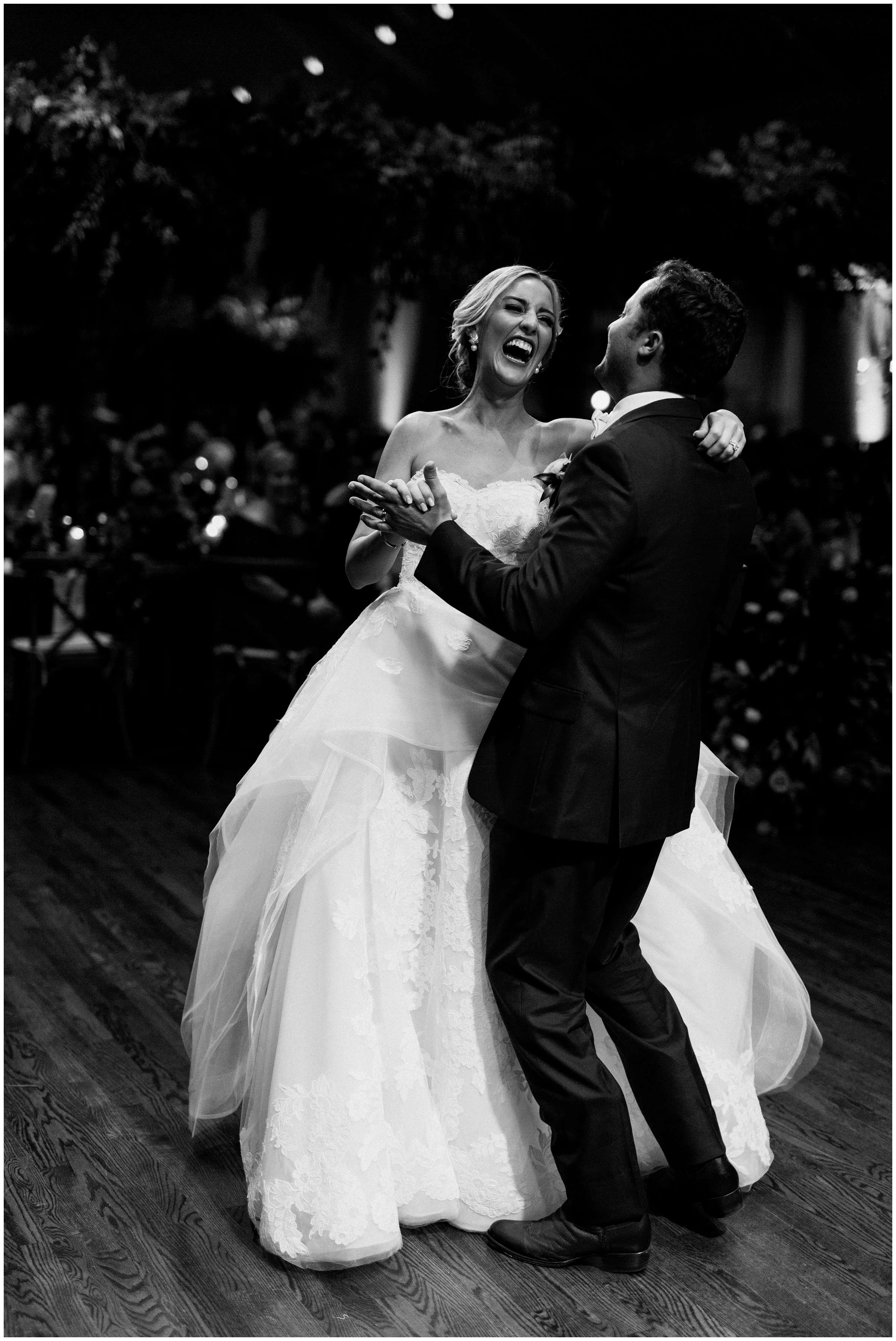 first dance laughing at southern hills country club wedding