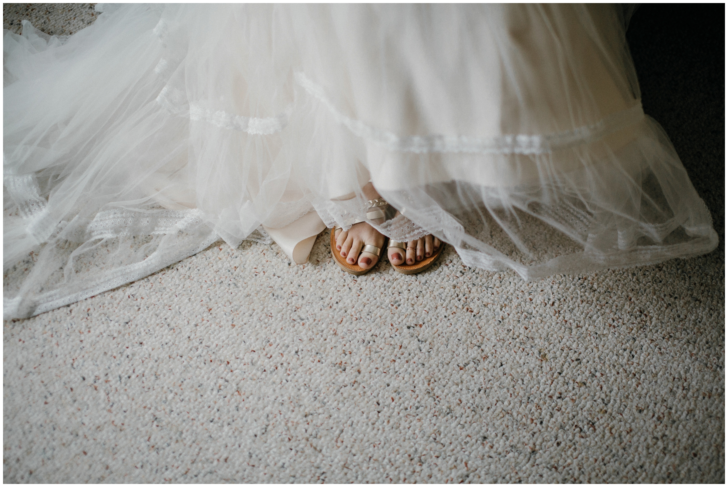 bridal shoes sandals outdoor wedding