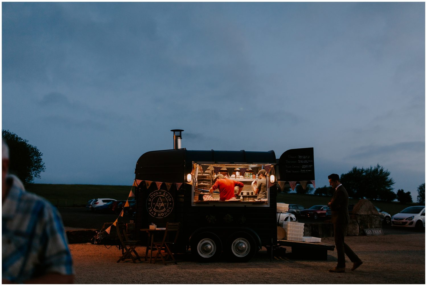 pizza food truck at wedding
